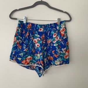 Socialite Floral Flowy Shorts Size Small